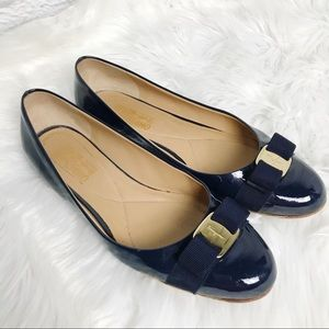 Salvatore Ferragamo Varina Flats Oxford Blue